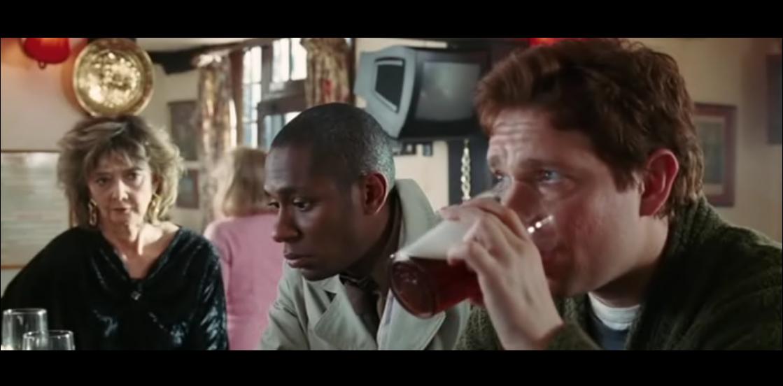 Артур и Форд в баре